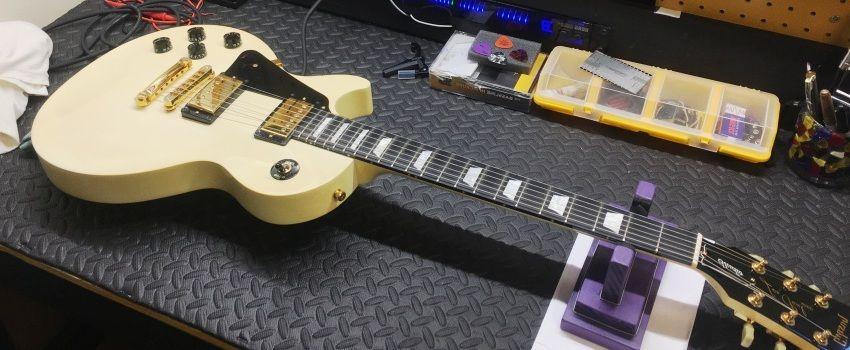 10 Easy DIY Guitar Maintenance Tips
