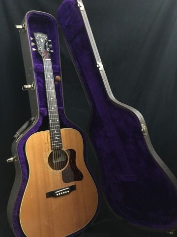 Luthiers and guitar techs for acoustic, electric guitar and bass repair and modifications.